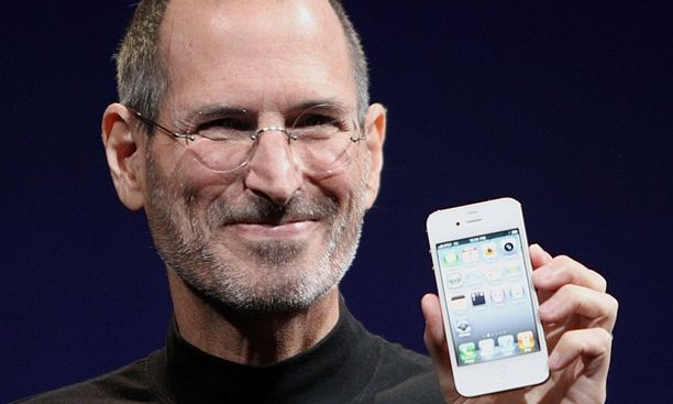 Steve Jobs, Apple founder, dies